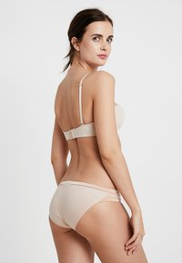 Triumph - BODY MAKE UP SOFT TOUCH TAI - Lingerie sculptante - neutral beige - 2