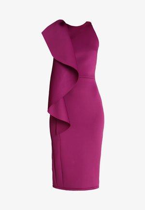 WOW SIDE FRILL BODYCON - Koktejlové šaty/ šaty na párty - purple