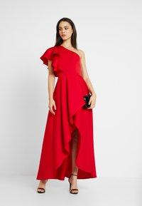 True Violet - TRUE ONE SHOULDER WRAP VOLUME DRESS - Vestido de fiesta - red - 2