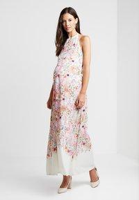 True Violet Maternity - HI NECK MAXI TRAPEZE DRESS - Maxiklänning - cream border - 1