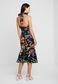 True Violet Maternity - TRUE HIGH NECK MIDI BODYCON WITH PEPLUM - Pouzdrové šaty - black - 2