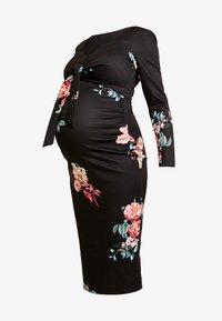 True Violet Maternity - PLUNGE FRONT TIE BODYCON - Etui-jurk - red floral - 3