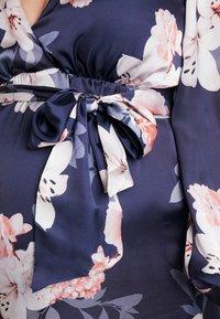 True Violet Maternity - WRAP LONG SLEEVES - Maxi šaty - blue - 5