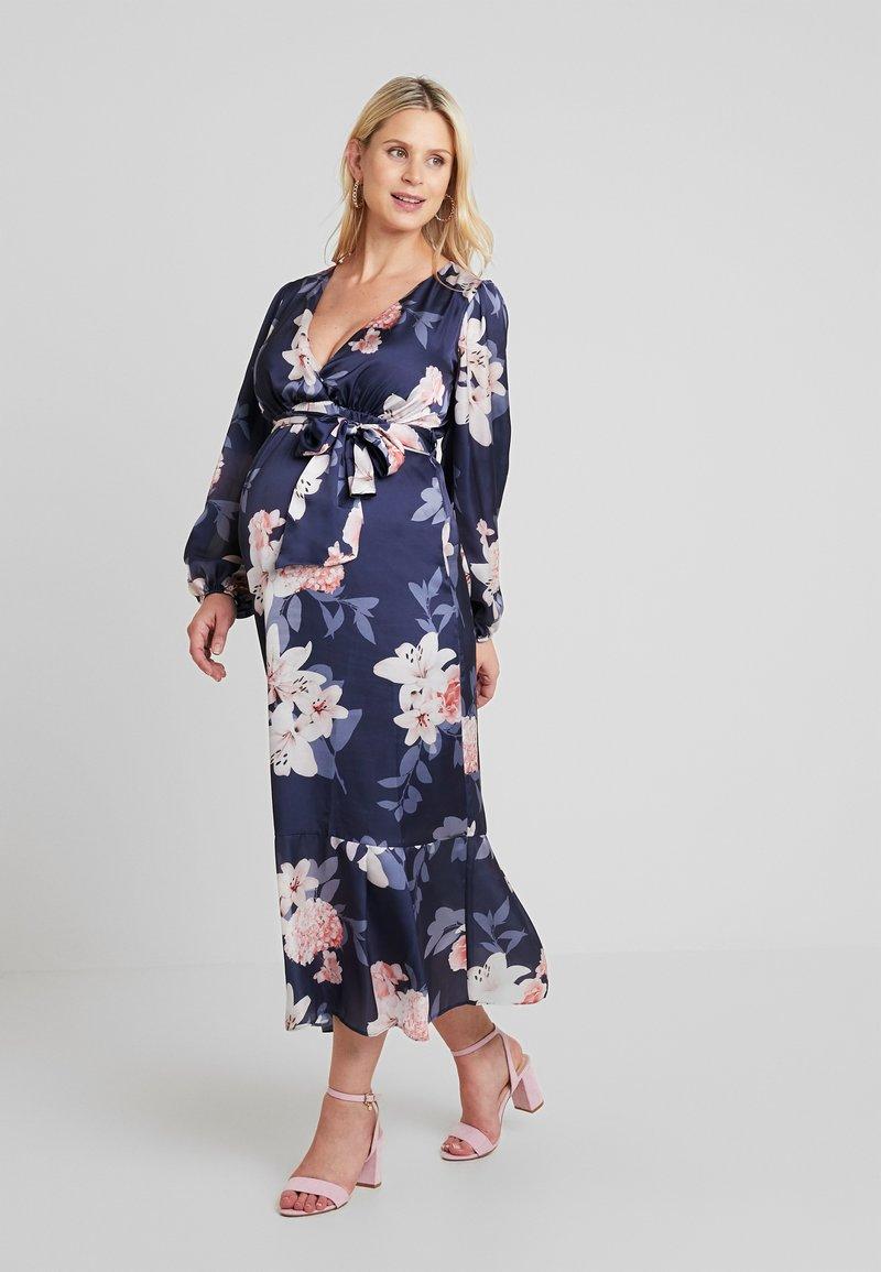 True Violet Maternity - WRAP LONG SLEEVES - Maxi šaty - blue