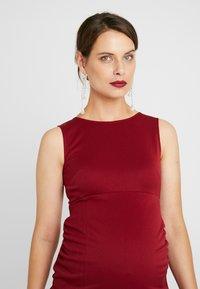 True Violet Maternity - MIDAXI DRESS WITH SPLIT - Etui-jurk - bordeaux - 4