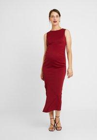 True Violet Maternity - MIDAXI DRESS WITH SPLIT - Etui-jurk - bordeaux - 2