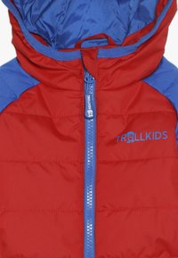 TrollKids - KIDS HAFJELL SNOW JACKET  - Lyžařská bunda - medium blue/red - 4