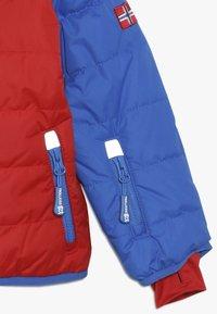 TrollKids - KIDS HAFJELL SNOW JACKET  - Lyžařská bunda - medium blue/red - 2