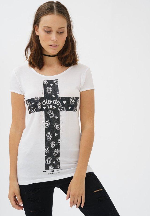 MIT COOLEM KREUZ-FRONTPRINT - Print T-shirt - white