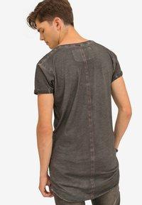 Trueprodigy - Basic T-shirt - anthracite - 2