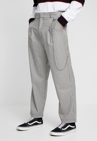 The Ragged Priest - TWEED TROUSERS WITH CHAIN - Pantalon classique - tan/grey - 0