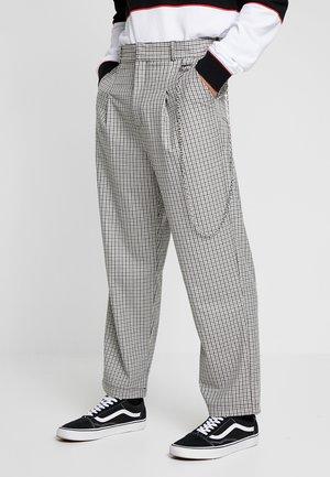 TWEED TROUSERS WITH CHAIN - Pantaloni - tan/grey