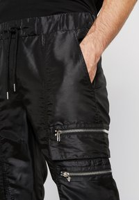 The Ragged Priest - TAFETTA CARGOS  - Trainingsbroek - black - 5