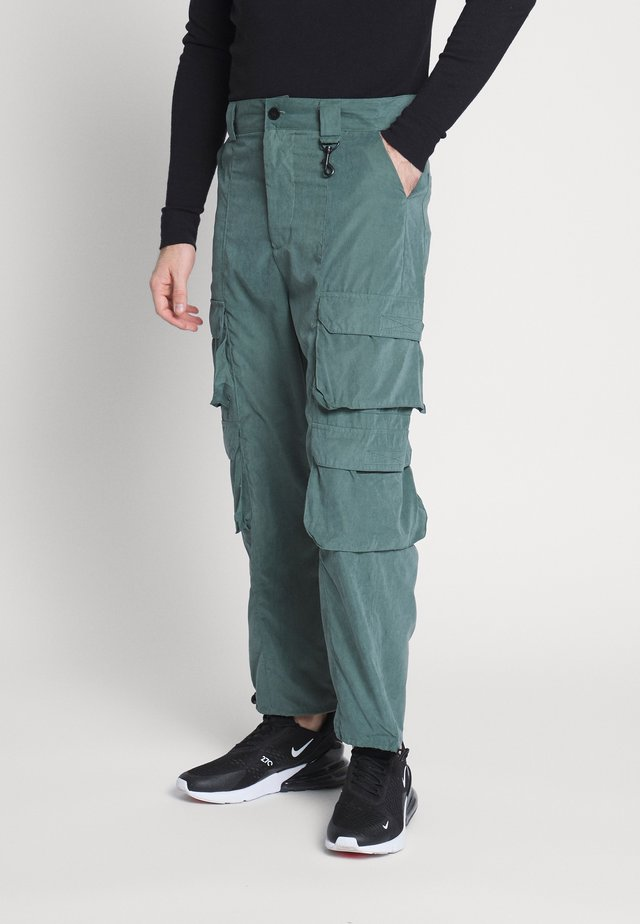 UTILITY TROUSER - Cargo trousers - green