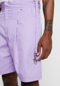 The Ragged Priest - Shorts - lilac - 4