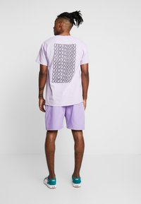 The Ragged Priest - Shorts - lilac - 2