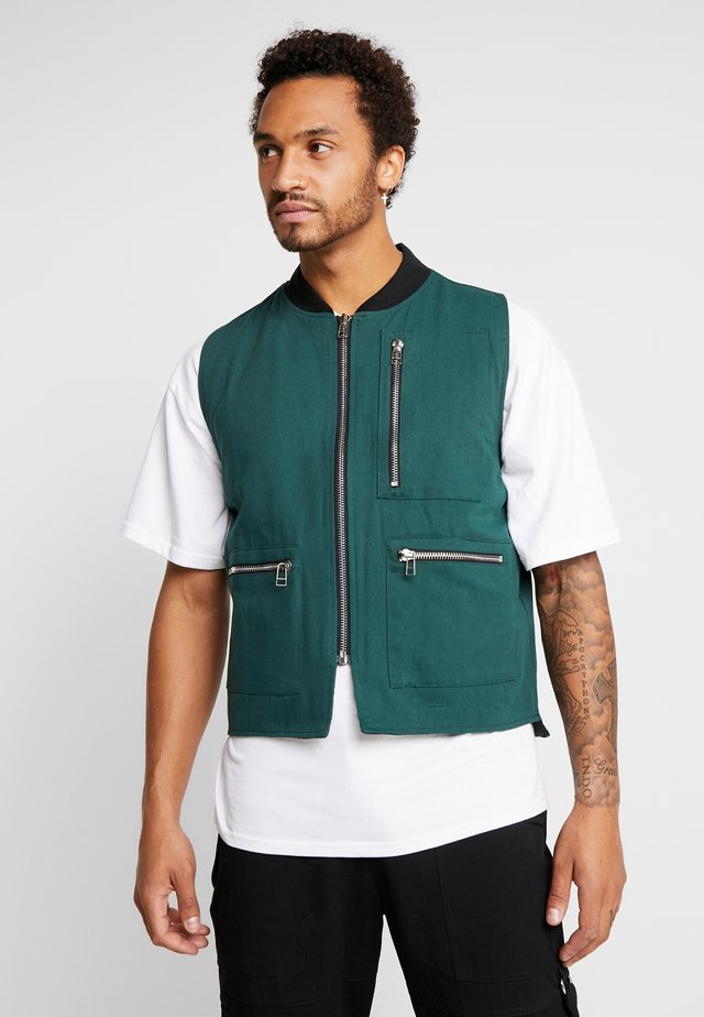 QUILTED GILET - Vesta - green