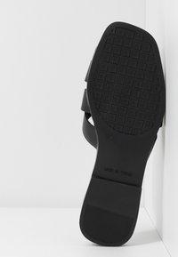 Trendyol - Pantofle - black - 6