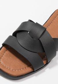 Trendyol - Pantofle - black - 2