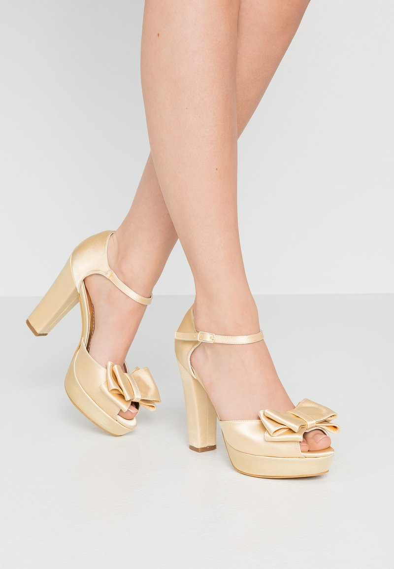 Trendyol - Sandaletter - gold