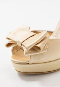 Trendyol - Sandaletter - gold - 2