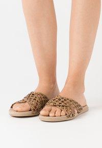 Trendyol - Pantofle - brown - 0