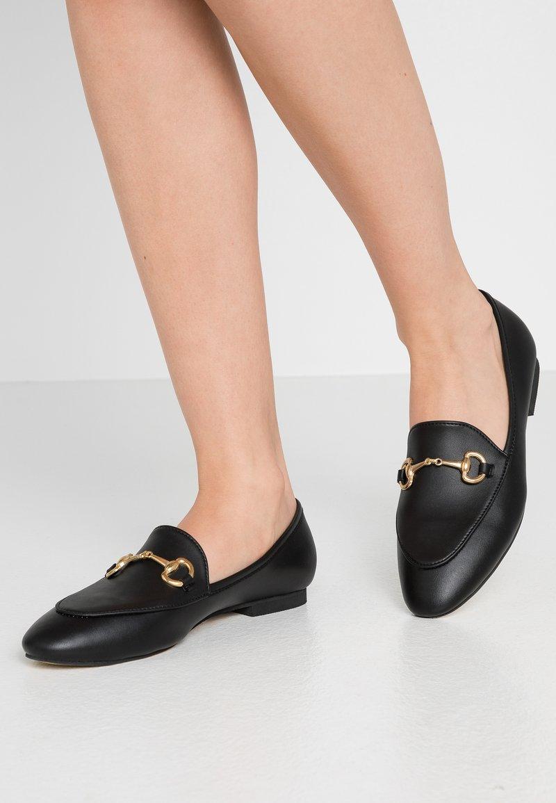 Trendyol - Slip-ons - black