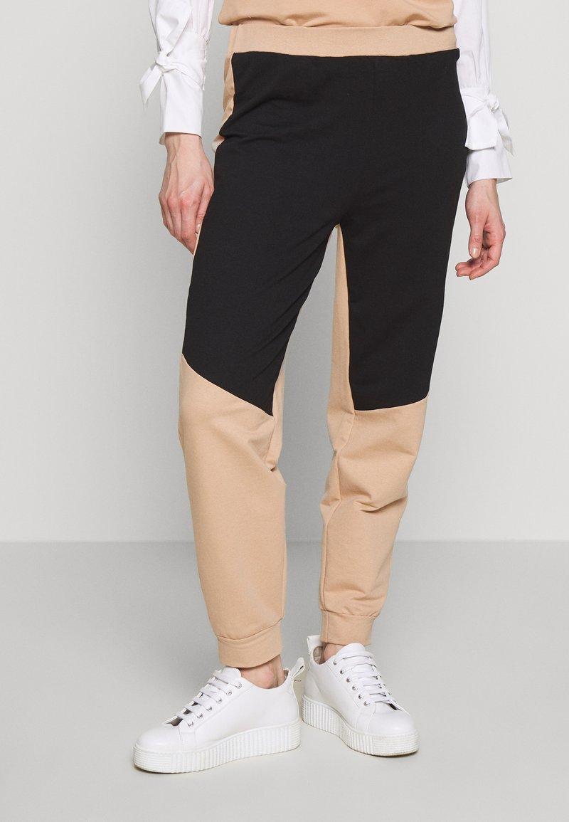 Trendyol - Træningsbukser - nude