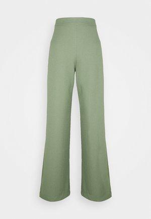 TWO PUDRA - Spodnie materiałowe - khaki