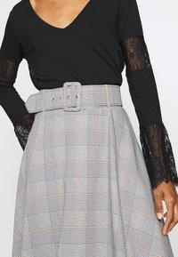 Trendyol - A-line skirt - gray - 4