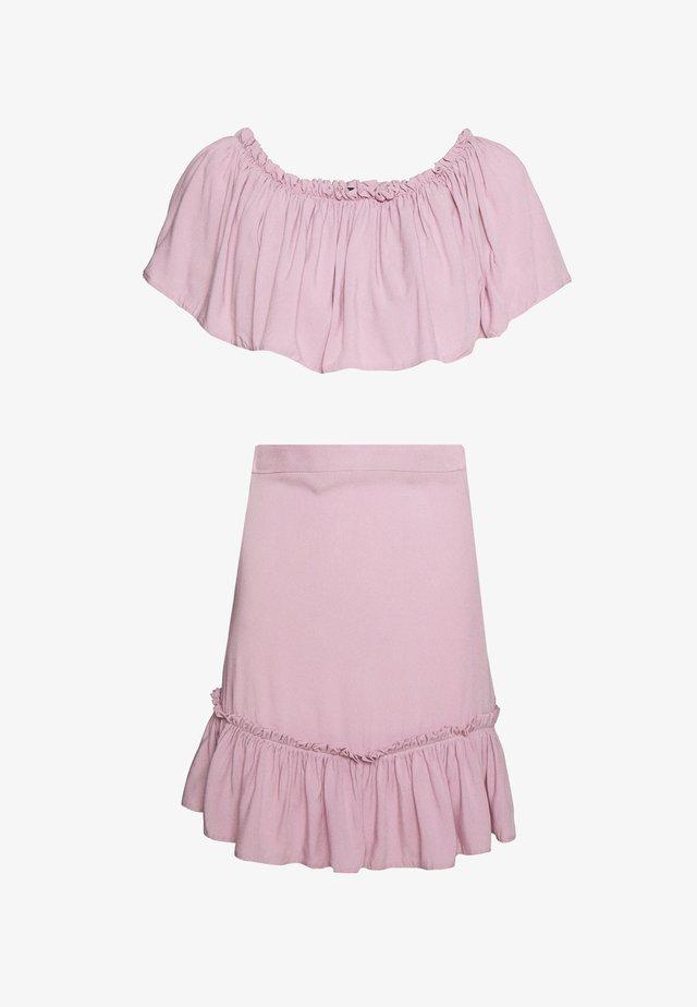 Spódnica mini - lila