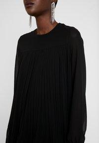 Trendyol - SIYAH - Denní šaty - black - 6