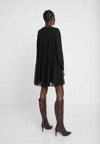 Trendyol - SIYAH - Denní šaty - black - 3