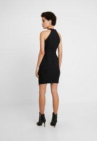 Trendyol - SIYAH - Pouzdrové šaty - black - 3