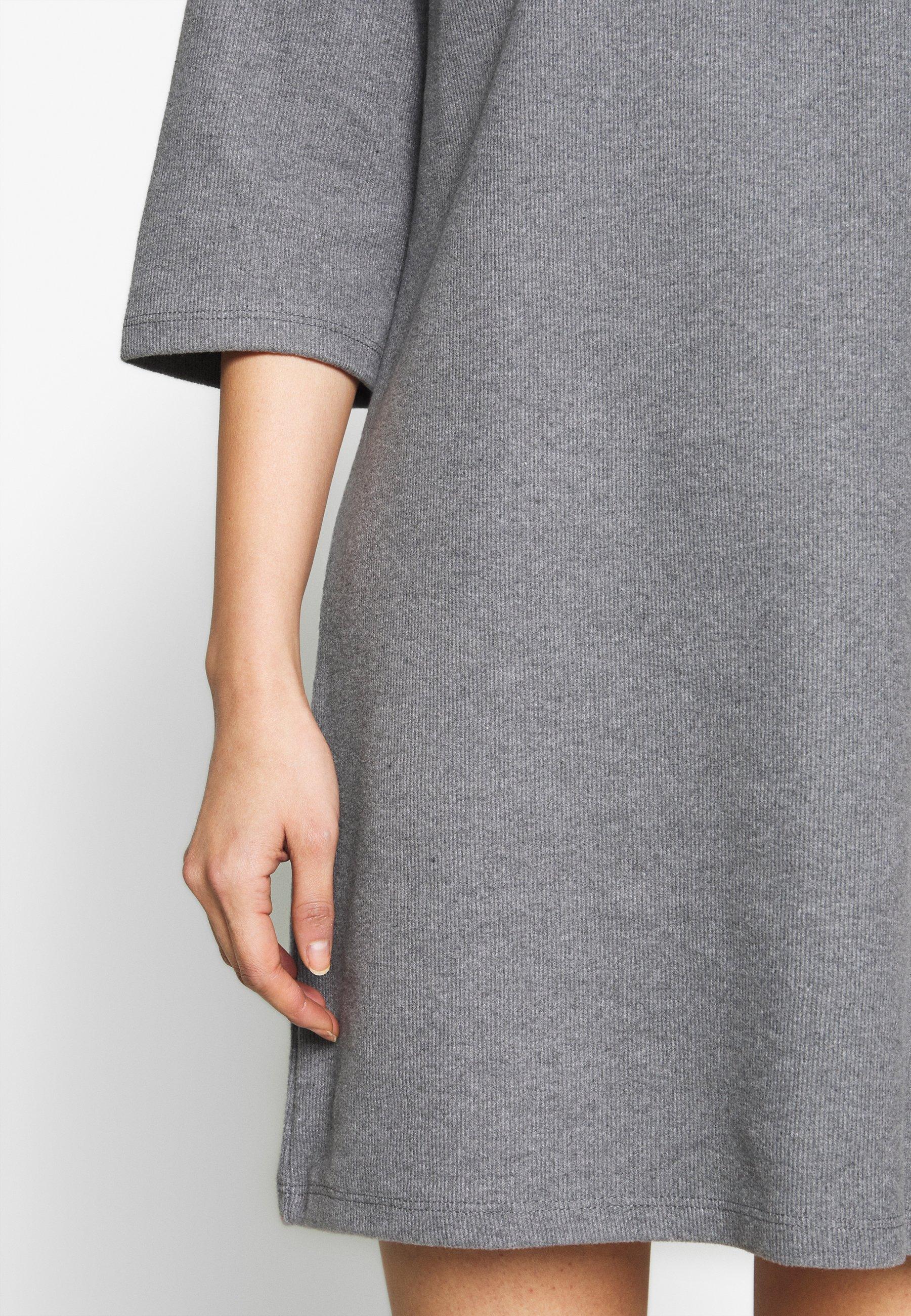 Trendyol SIYAH Stickad klänning gray Zalando.se