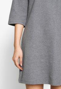 Trendyol - SIYAH - Gebreide jurk - gray - 4