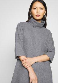 Trendyol - SIYAH - Gebreide jurk - gray - 3