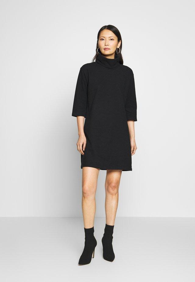SIYAH - Stickad klänning - black