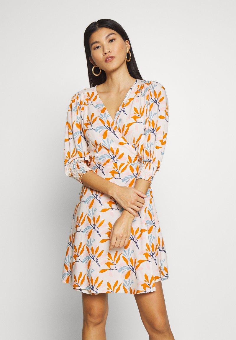 Trendyol - Korte jurk - multi color