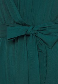 Trendyol - Vapaa-ajan mekko - emerald green - 2