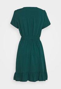 Trendyol - Vapaa-ajan mekko - emerald green - 1