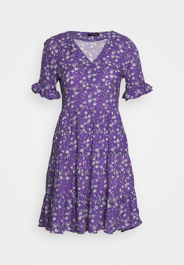 Vapaa-ajan mekko - purple