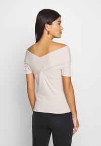 Trendyol - T-shirts - beige - 2