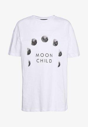 BEYAZ - T-shirt z nadrukiem - white