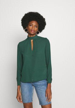 Blouse - emerald green