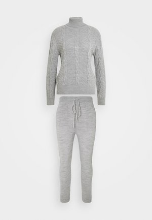 SET - Jumper - gray