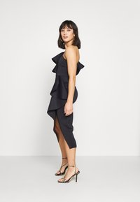 True Violet Petite - ONE SHOULDER MIDI DRESS - Cocktailkjole - navy - 1