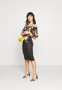True Violet Petite - BARDOT PRINTED MIDI DRESS - Shift dress - black - 1