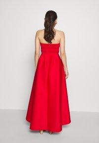 True Violet Petite - TRUE VIOLET BARDOT WRAP HIGH LOW DRESS - Cocktail dress / Party dress - red - 2