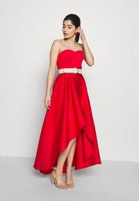 True Violet Petite - TRUE VIOLET BARDOT WRAP HIGH LOW DRESS - Cocktail dress / Party dress - red - 1